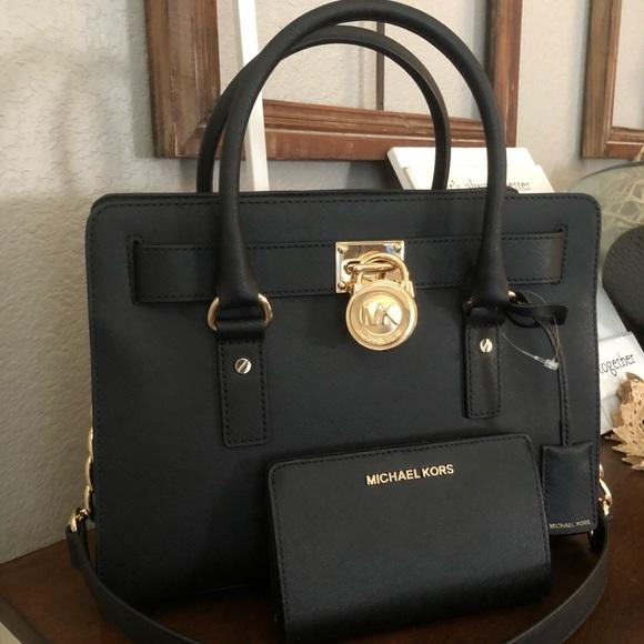 5b27fba6529e ♥️New mk Set Bag and walket